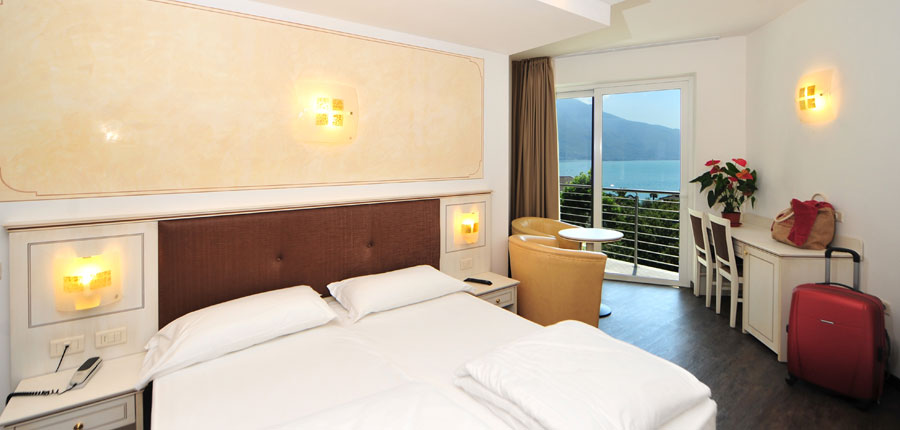 Hotel Sogno del Benaco, Limone, Lake Garda, Italy - Double bedroom.jpg